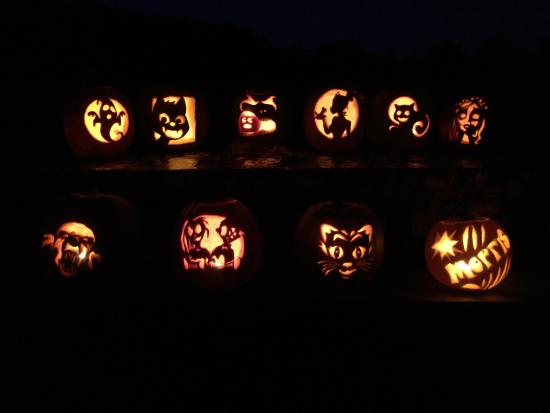 Swanzey, NH: Completed pumpkins.