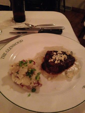 Onekama, Мичиган: Bleu Cheese Filet Mignon