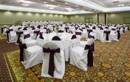 crowne plaza madison ballroom picture of crowne plaza hotel madison madison tripadvisor. Black Bedroom Furniture Sets. Home Design Ideas