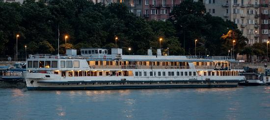 Photo of Boat Hotel Fortuna Budapest