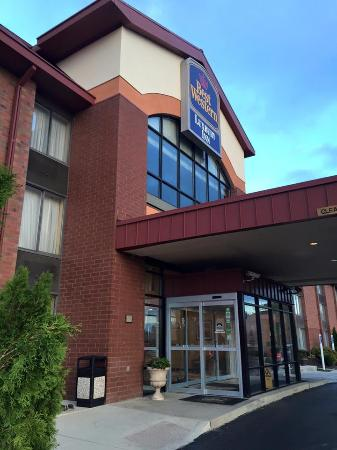 BEST WESTERN Luxbury Inn Fort Wayne: Best Western