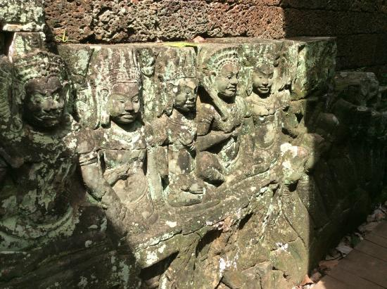 Details picture of terrace of the leper king siem reap for Terrace of the leper king
