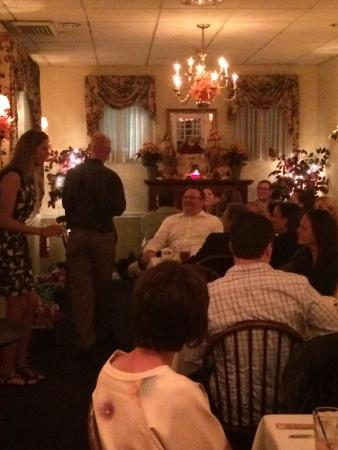 Marmora, NJ: Guests enjoying Rose Room