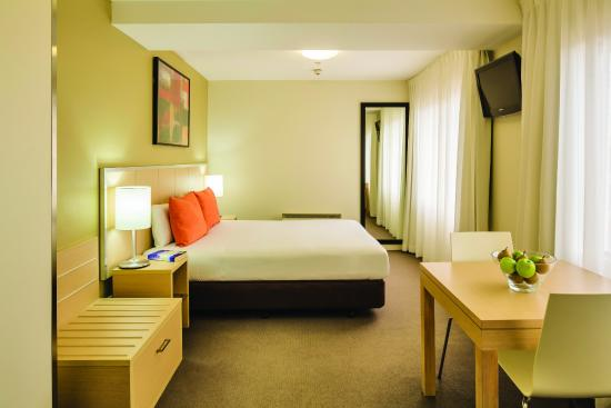 Travelodge Wellington Hotel