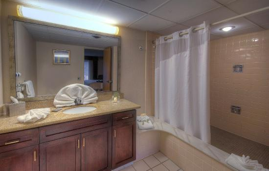 Boxborough, Массачусетс: Guest Bathroom