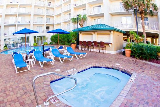 Relaxing Hottub Close To Beach Picture Of Hilton Garden Inn Orange Beach Orange Beach