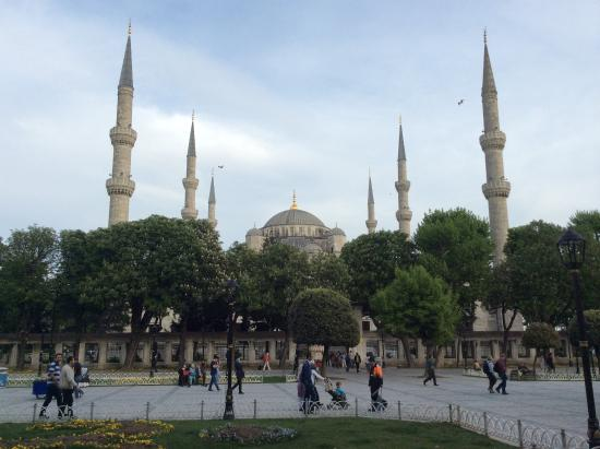 by day - Picture of Sultanahmet Square, Istanbul - TripAdvisor