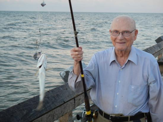 Good catch picture of galveston 39 s 61st street fishing for Galveston fishing pier report