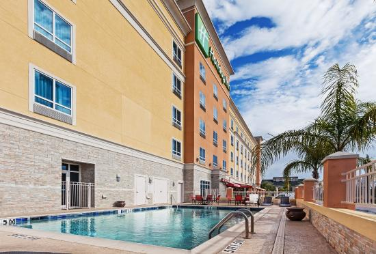 relax by our swimming pool picture of holiday inn kemah. Black Bedroom Furniture Sets. Home Design Ideas