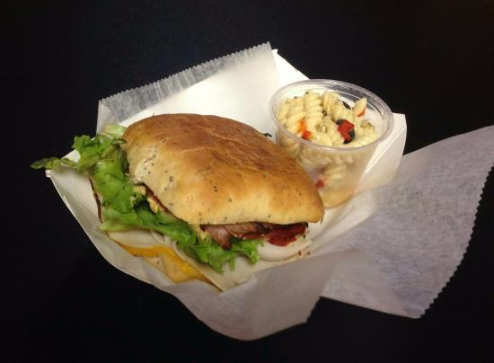 Louisville, OH: Lunch served daily from 11am-2pm