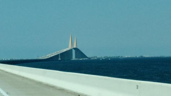 20151021 185452 picture of sunshine skyway for Skyway bridge fishing report