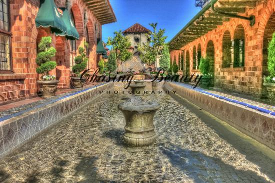 The Hotel Grounds Are So Beautiful Picture Of The Mission Inn Hotel And Spa Riverside