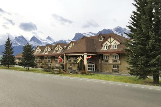 Photo of Ramada Canmore
