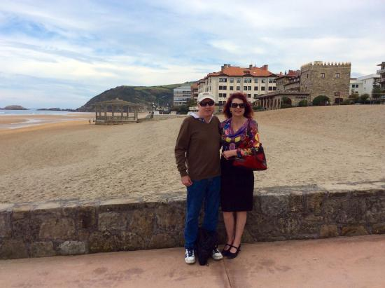 Basque Country, France: Our lovely lunch of pintxos by the sea at Zarautz after viewing the Balenciaga museum