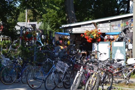 Peaks Island, ME: So many bikes to choose from