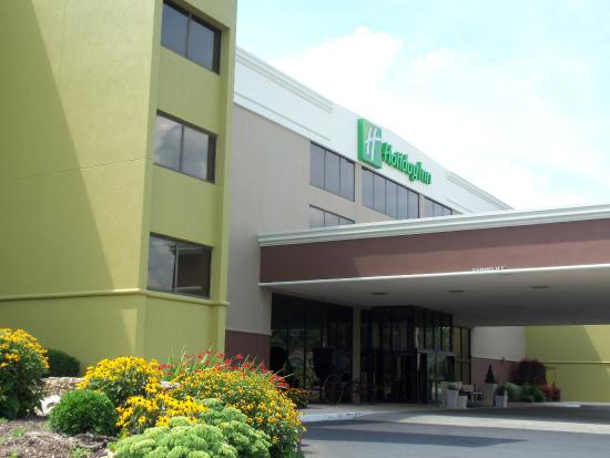Holiday Inn Morgantown / PA Turnpike