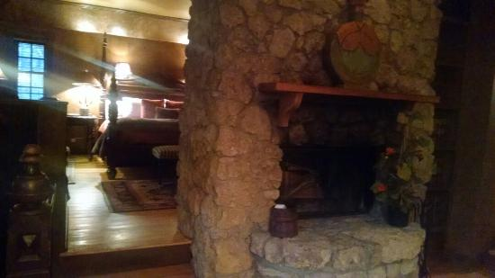 stonewood cottage fireplace picture of the inn at irish