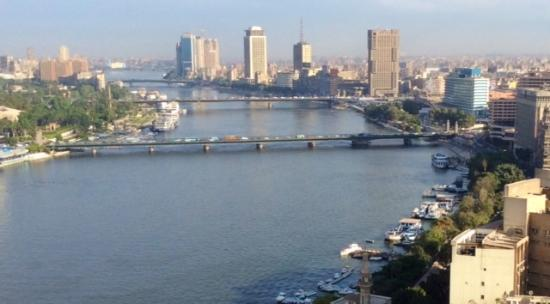 Four Seasons Hotel Cairo at Nile Plaza: The view overlooking the Nile, from the balcony of our 23rd floor room.