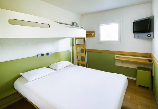 Chambre double tout confort ibis budget chartres picture for Chambre ibis budget