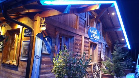 Chalet Ext Rieur Picture Of La Table A Raclette Saint Julien En Genevois Tripadvisor