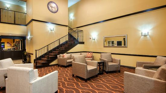 BEST WESTERN PLUS DFW Airport Suites