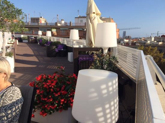 Rooftop bar pool picture of nh barcelona podium - Hotel nh podium ...