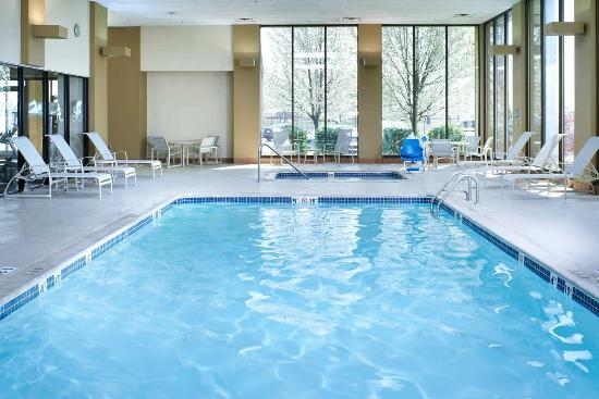 Indoor Swimming Pool Picture Of Doubletree By Hilton Hotel Detroit Dearborn Detroit Tripadvisor