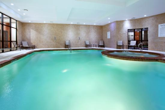 Swimming Pool Picture Of Holiday Inn Hotel Suites Lake Charles South Lake Charles Tripadvisor