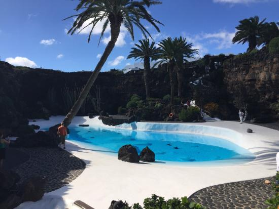 IMG_20151108_115649_large.jpg - Picture of Jameos Del Agua, Punta Mujeres - T...