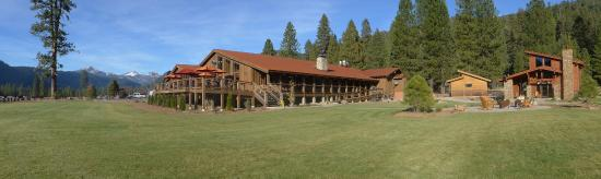 Mill Creek, CA: Main lodge