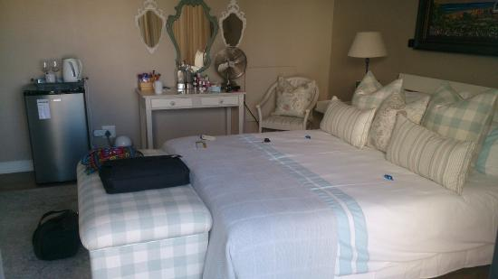 Sunset Beach, South Africa: Beautiful, clean rooms
