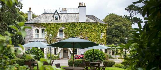 Penmorvah Manor Hotel and Courtyard Cottages