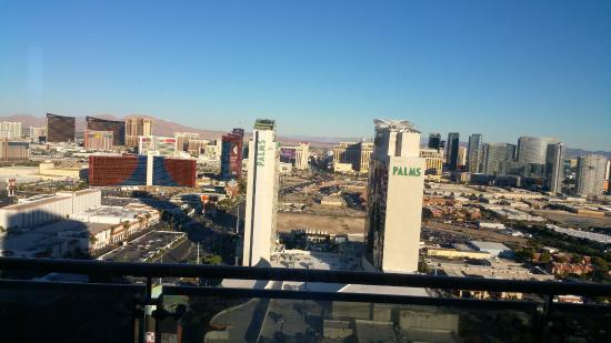 The Palms Casino Hotel: 1 Bedroom Suite - Strip View