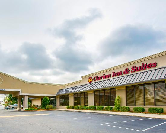 Photo of Clarion Inn & Suites Dothan