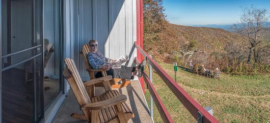 Pisgah Inn: What a great place to kick back and enjoy the view.