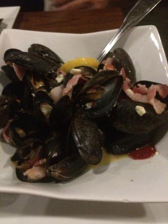 Suffield, CT: Mussels