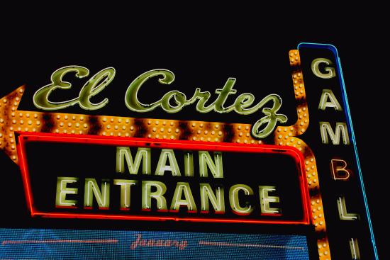 El Cortez Hotel & Casino: sign
