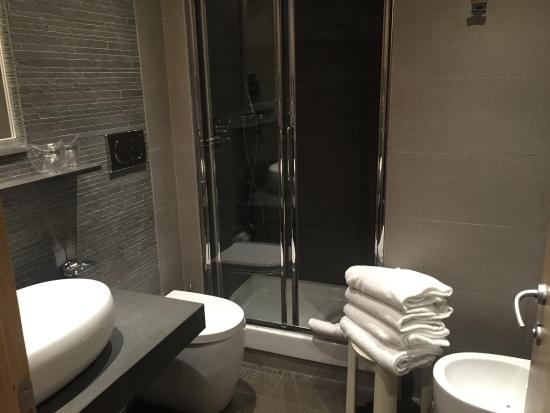 Newly Done Bathroom Picture Of Hotel Morgana Rome