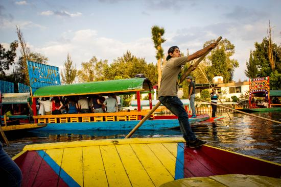 Trajinero Picture Of Floating Gardens Of Xochimilco Mexico City Tripadvisor