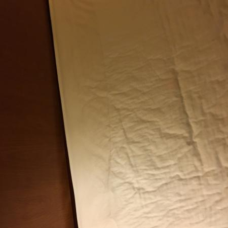 Jacksonville, AR: Stained sheets