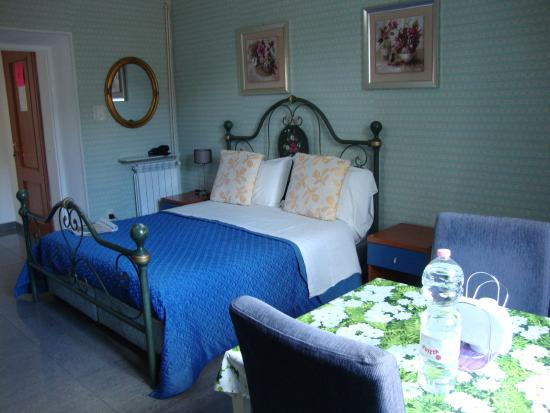Bed and Breakfast Smart: Cama