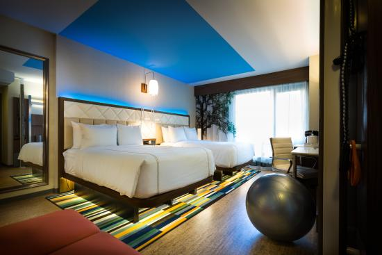 Even Hotel Times Square South New York City Ny Hotel