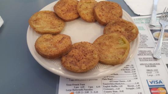 Edgewater, FL: Best fried green tomatoes on earth-and enough for 2 or more!