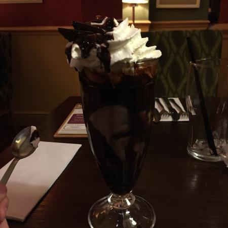 Huyton, UK: After Eight Sundae