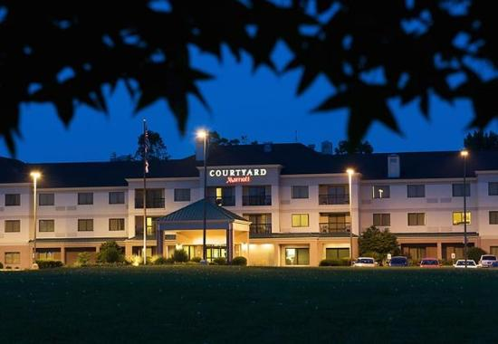 Courtyard by Marriott Columbus Tipton Lakes