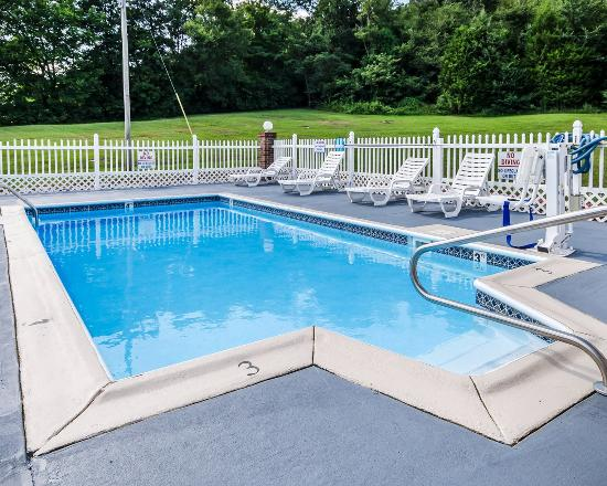 Russellville, KY: Pool