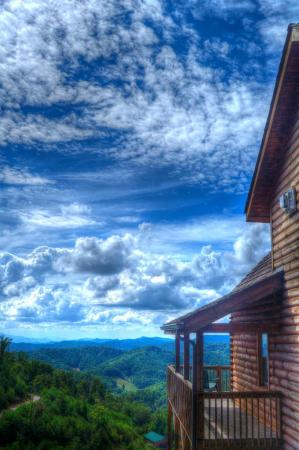 Mars Hill, NC: You'll tell all of your friends about your trip to Scenic Wolf.