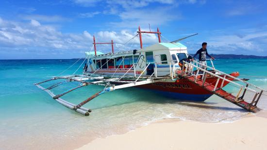 island hopping tour - picture of the lind boracay