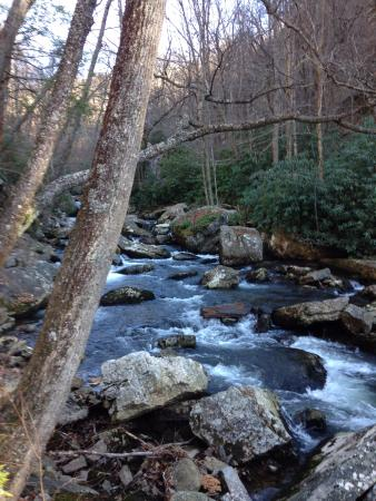 Pembroke, VA: The Trail takes you up the river and everywhere you go you can see and take great pictures