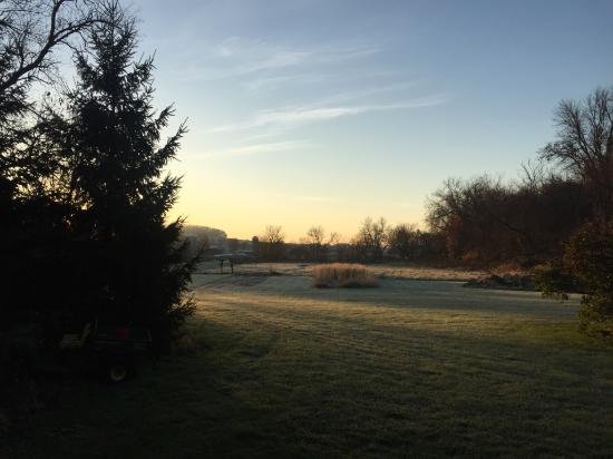sunrise picture of the inn at irish hollow galena